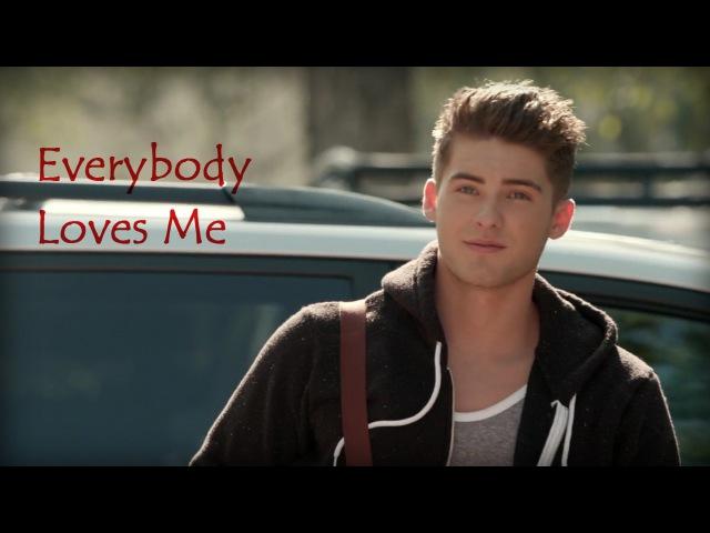 Theo RaekenEverybody Loves Me