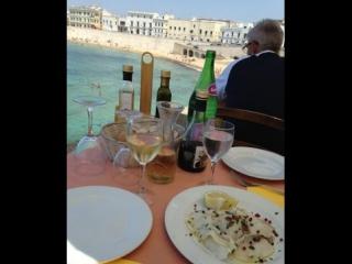 Обед над морем (Галлиполи, Италия)