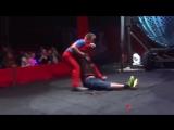 Цирковой клоун отправил зрителя в нокаут