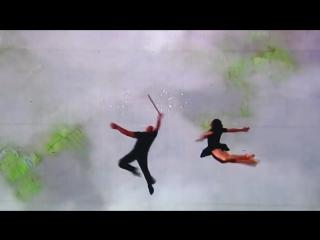 Танец и спецэффекты слились в одно целое