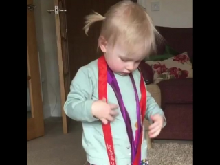 Дочь Ребекки Эдлингтон считает своими медали мамы-олимпийской чемпионки