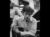 Glenn Gould play J.S. Bach, Concerto No. 1 in D minor, BWV 1052 (High audio quality)