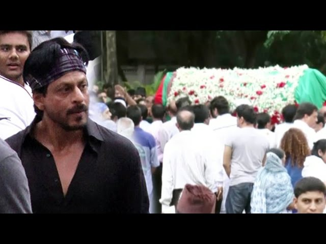 Shahrukh Khan At FUNERAL Of Karim Morani's Mother