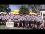 1700 школьников исполнили танец хака на похоронах учителя
