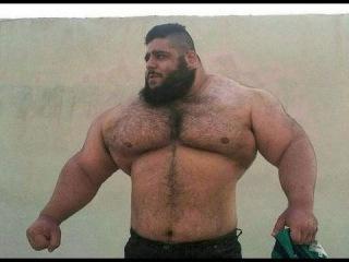 Дрищ 40 кг нокаутировал амбала 150 кг