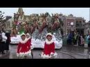 Новогодний парад в диснейленде. Париж.