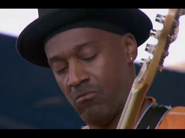 Marcus Miller - Come Together - 8112007 - Newport Jazz Festival (Official)