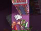 В Самаре школьникам на ёлке подарили конфеты с червяками