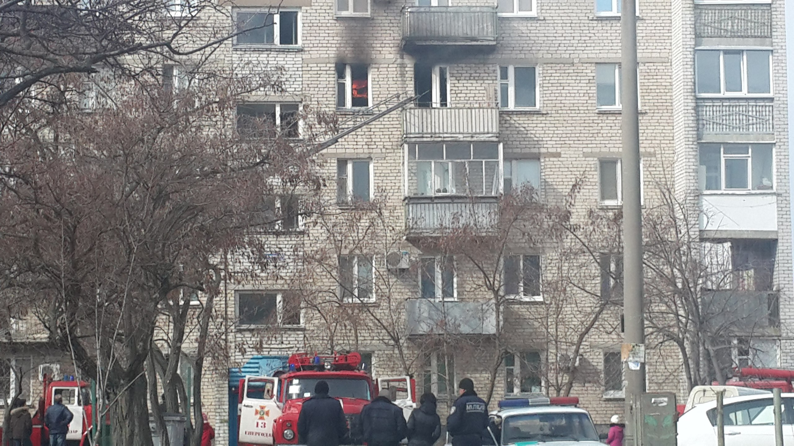 В Запорожской области сгорела квартира. Погорельцам нужна помощь (ФОТО-ВИДЕО)