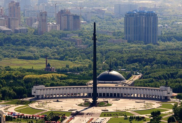 Монумент Победы — самый высокий памятник в