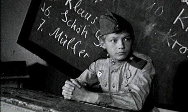 Сан Саныч - маленький герой с отважным