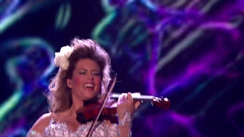 Violinist Lettice Rowbotham gives a hypnotic recital _ Britains Got Talent 2014 (1)