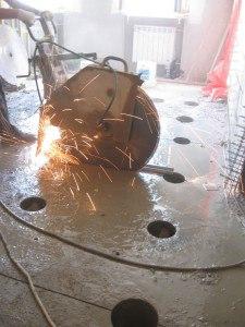 Алмазная резка проемов толщиной свыше 1 м в Подмосковье