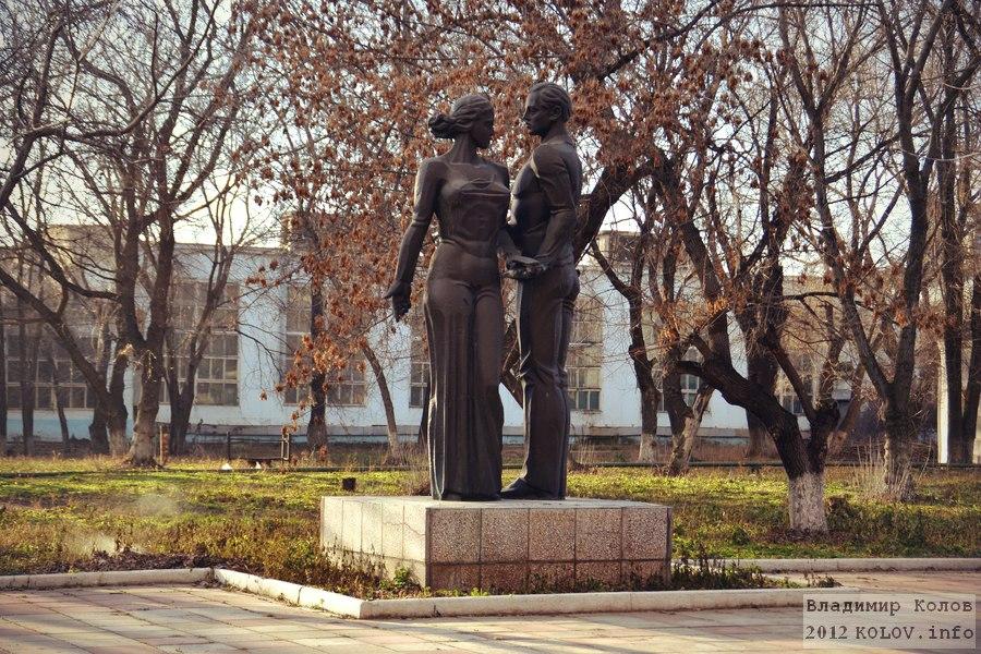 Памятник с сердцем Тольятти Лампадка из лезниковского гранита Новокуйбышевск