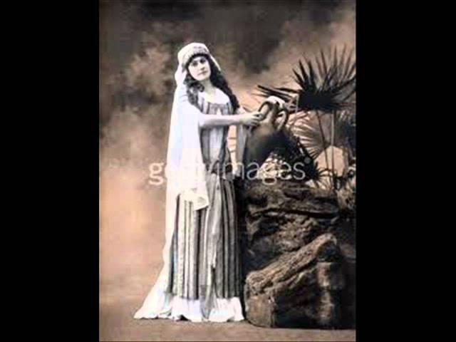 Aino Ackte' sing Pai pai paitaressu (craddle song),berceuse finlandaise.