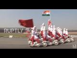 Индия Военный парад празднует 69-е День Армии в Нью-Дели.