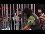 Mick Foley Locks Chris Jericho in a Shark Cage - WWE RAW 19 December 2016/19/12/2016