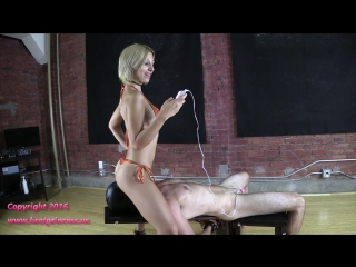nude girl feet and booty