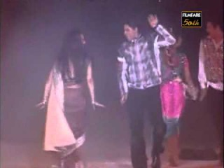 Rekha's performance at 50th Filmfare Awards 2004 (2005)