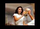 Реклама напитка 7up. Эротические мойщики окон. 90-е