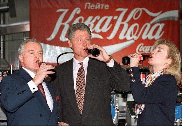 Справлять 50-летие Победы в Москве приехал сам