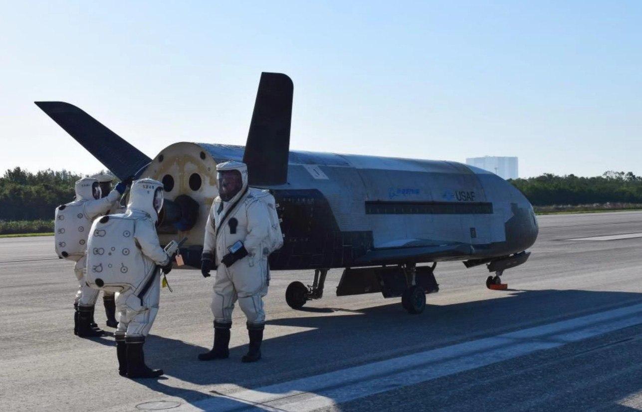 Некоторые факты о космическом самолете X-37B производства Boeing