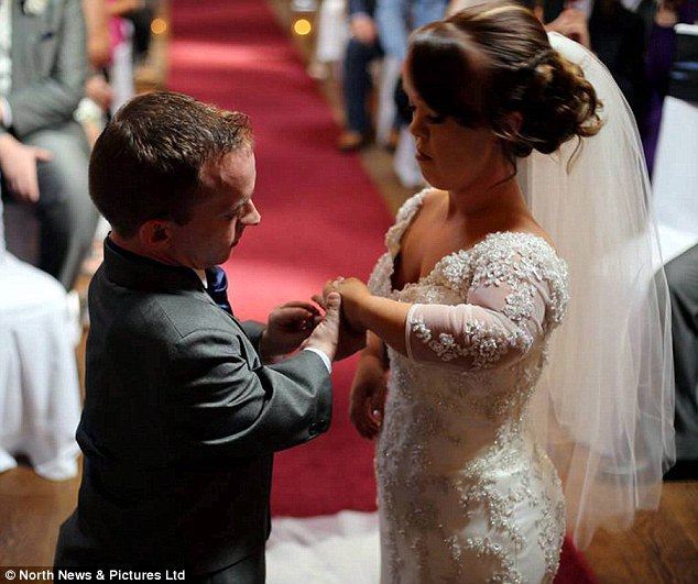 Свадьба Нейтана и Лауры (11 фото)