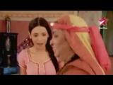 Khushi. Payal  & Halanın Dansı