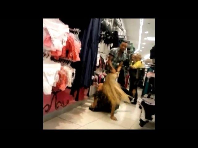 Trollagem No Shopping E Olha No Que Deu ! KKKKKKKKK