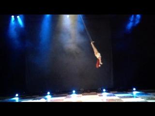 Цирк чудес , Театральная компания Айвенго , Воздушная гимнастка - Олечка Морева . Москва , 13.06.2016 г