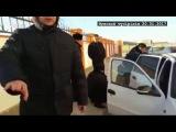 В сети появилось видео задержания председателя профсоюза Елеусинова в Актау