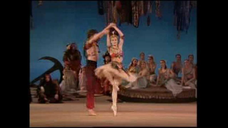 Le Corsaire (Act 2) The Kirov Ballet: Gulnara Lankedem
