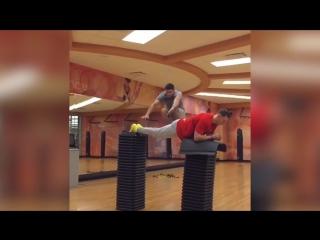 Топ 3 прыгунов, невероятная сила ног!