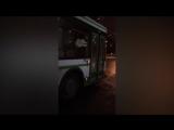 На юго-западе Петербурга обстреляли автобус