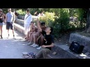 Byon Kay @ 倍音ケイイチ busking at MauerPark in Berlin 2013.