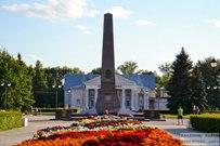 25 июля 2015 -  Памятник-стела Обелиск Славы в Тольятти