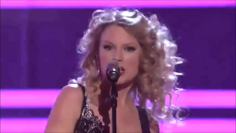 Taylor Swift - Picture To Burn (Live at ACM Awards 2009)