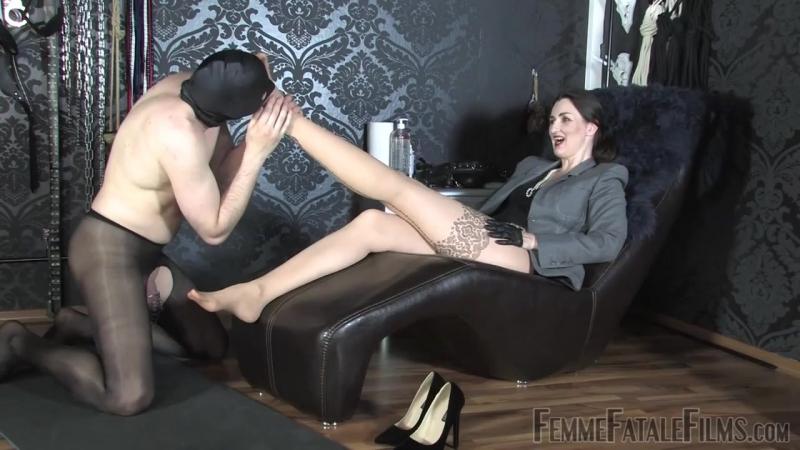 Lady Victoria Valente - Eat My Feet