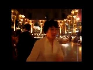 Benedict Cumberbatch moves like Jagger