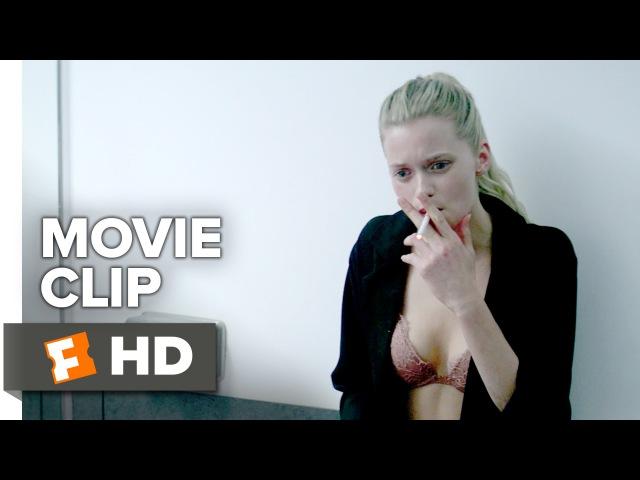 The Neon Demon Movie - What's It Feel Like?