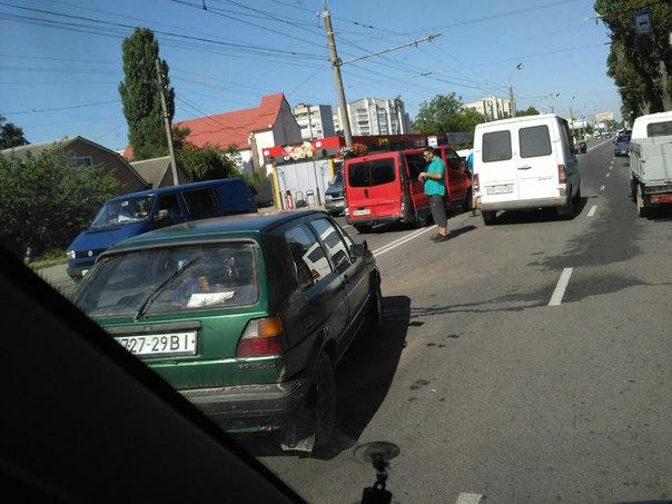 В Виннице произошло тройное ДТП (Фото), фото-1