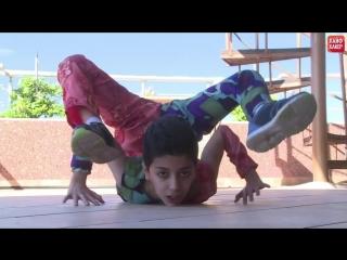 Spiderboy: самый гибкий мальчик на планете