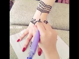 Роспись мехенди