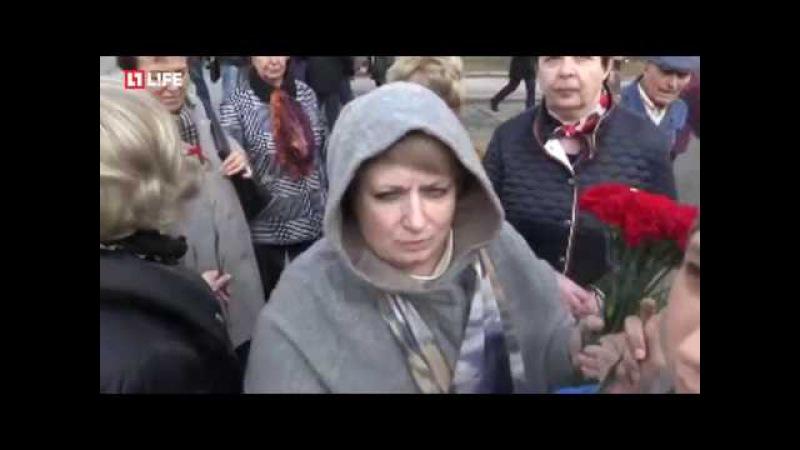 Постановка терракта продолжается на Акции памяти жертв в Петербурге