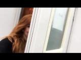 ›› Кэтрин возле своего вагон-трейлера на съемках сериала «Сумеречные охотники» | 04.04.2017