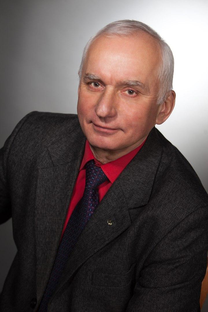 «Нам нужно объединяться» - интервью с Александром Зотовым