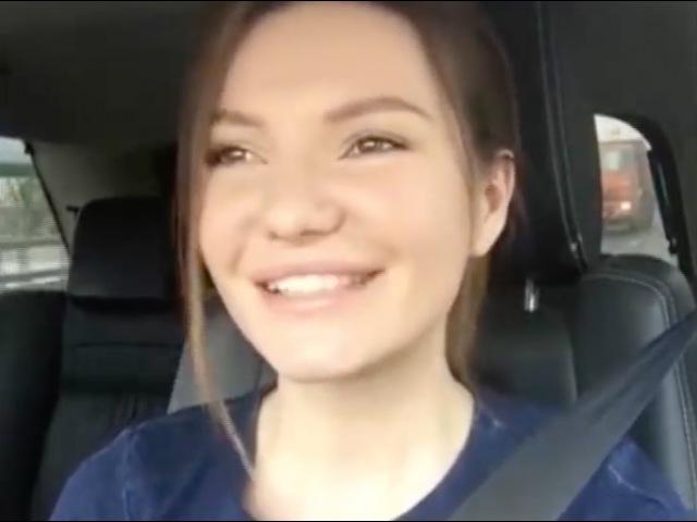 Виктория Черенцова поёт в машине - Родина / Золотые маковки церквей