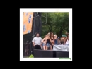 Obamas Daughter Malia Twerks At Lollapalooza Concert Instead Of Attending The Democratic Nationa Co