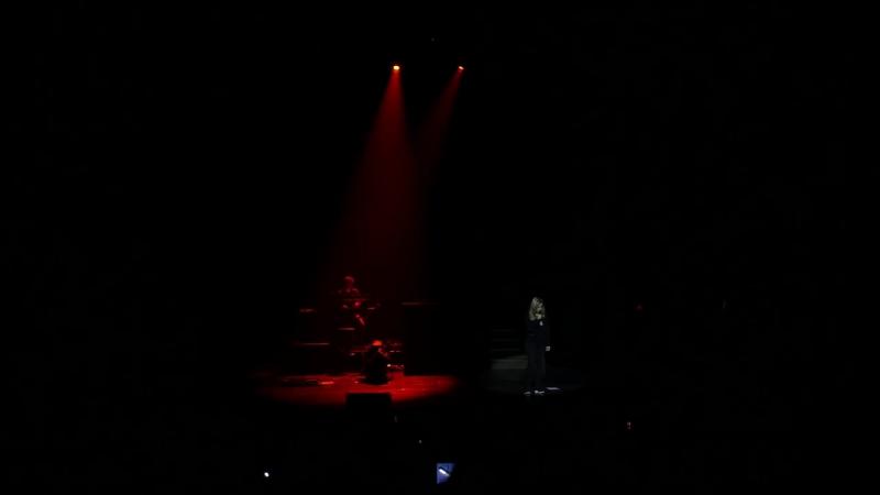 Lara Fabian - Sil ne reste quun ami (Киев, 02.12.2016)