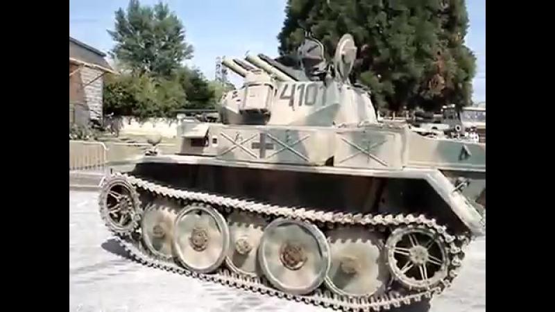 Panzer_II_ausf_L_Luchs_(Lynx)-spaces.ru